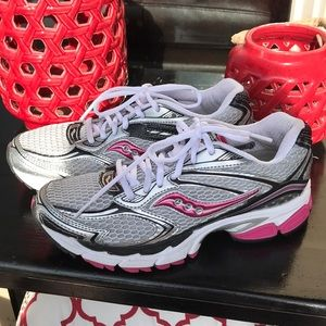 Saucony Guide Womens Running Shoes Size 8